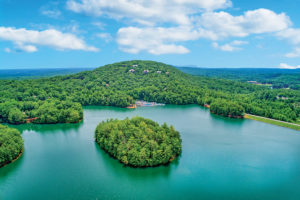 metro atlanta lake living on Big Canoe
