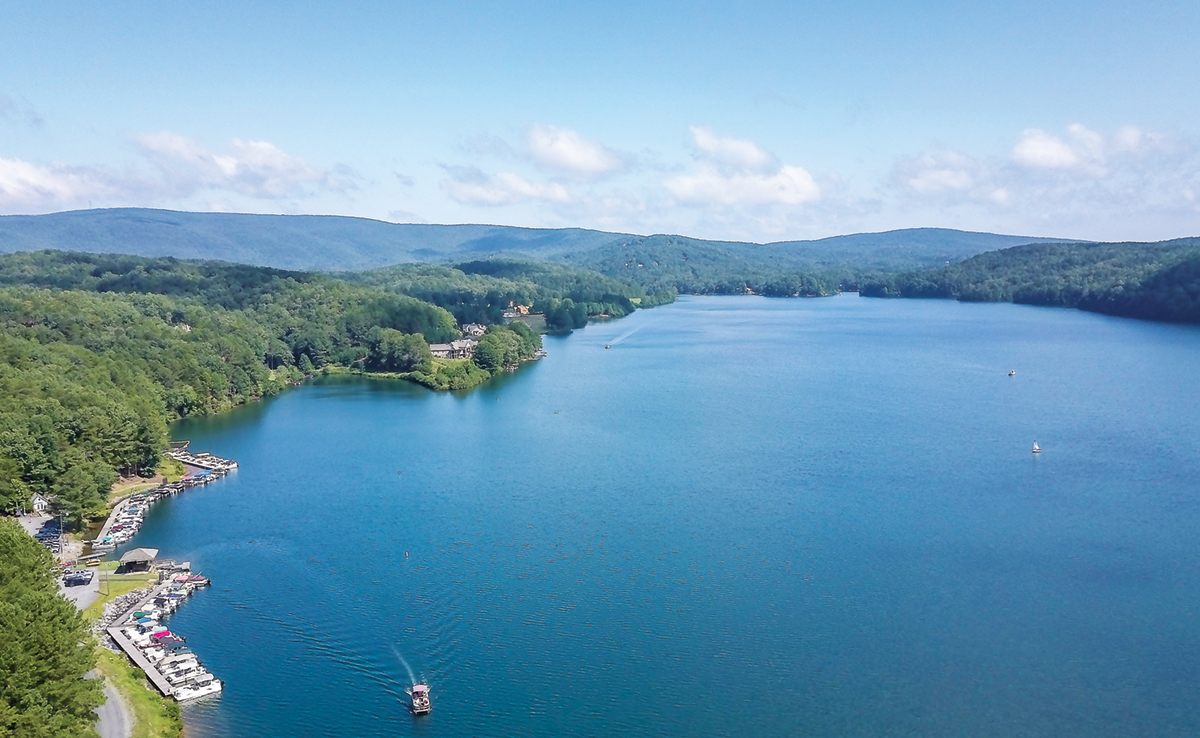 metro Atlanta lake living at Lake Arrowhead